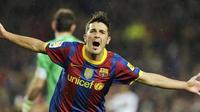 Selebrasi David Villa yang mencetak dua gol untuk membantu Barcelona mempermalukan Real Madrid 5-0 pada duel El Clasico di Nou Camp pada 29 November 2010. AFP PHOTO/JAVIER SORIANO