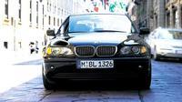 BMW seri 3 merupakan salah satu mobil yang ikonik di era 90-an yang kini harganya cenderung terjangkau.
