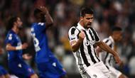 Gelandang Juventus, Sami Khedira, turut mencetak gol saat timnya menang 3-1 atas Bologna pada laga pekan ke-36 Serie A di Allianz Stadium, Sabtu (5/5/2018) waktu setempat. (AFP/MARCO BERTORELLO)
