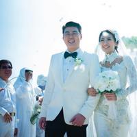 Asty Ananta menikah dengan lelaki pilihannya di Bali. Informasi tersebut didapat dari akun instagram Diera Bachir. (Instagram @dierabachir)