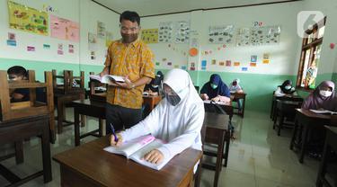 Melihat Penerapan Sekolah Tatap muka di Tangsel