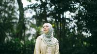 Fashion Spread: Sarah Sofyan, Idul Fitri Outfit Inspiration