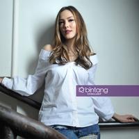 Setelah rumah tangganya kandas, pemeran dalam film Dawai 2 Asmara itu membesarkan kedua buah hatinya hasil pernikahannya. Tidak mudah bagi aktris 35 tahun itu membesarkan kedua buah hatinya yang masih belia. (Daniel Kampua/Bintang.com)