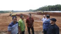 Wali Kota Semarang membangun sirkuit untuk mengurangi aksi balap liar yang membahayakan keselamatan jiwa.