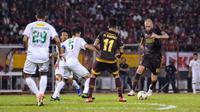 PSM Makassar mengalahkan Persebaya Surabaya 2-1 di Stadion Andi Mattalatta Mattoangin, Makassar, Rabu (17/7/2019). (Bola.com/Abdi Satria)