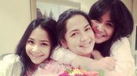 Caca Tengker, Rieta Amalia, Nagita Slavina (Instagram/@cacatengker)
