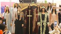Berikut koleksi Ramadan Itang Yunasz berkolaborasi dengan pusat perbelanjaan Metro. (Foto: Dok. Metro)