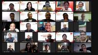 Sinar Mas, menyerahkan bantuan obat herbal bagi jurnalis, yang tergabung dalam Asosiasi Media Siber Indonesia (AMSI).