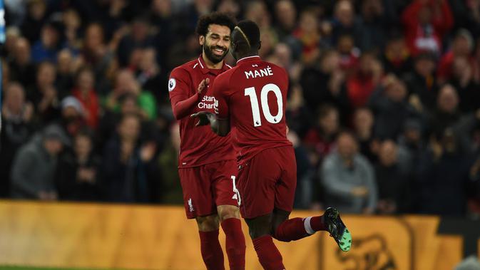 Mohamed Salah dan Sadio Mane.  (AFP / Oli Scarff)