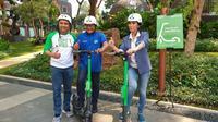 PT Bank Rakyat Indonesia (Persero) Tbk atau BRI bekerja sama dengan Grab Indonesia untuk menyediakan titik operasi skuter listrik Grab Wheels di Gedung BRI di Jalan Jenderal Sudirman, Jakarta Pusat.