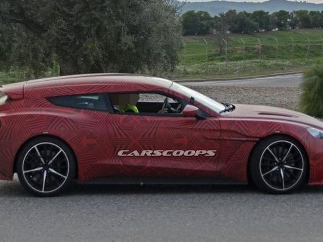 Penjegal Ferrari Gtc4lusso Dari Aston Martin Mulai Berkeliaran Otomotif Liputan6 Com