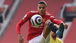 Mason Greenwood. Striker Manchester United berusia 19 tahun ini suskses menyumbang 12 gol di semua ajang kompetisi musim ini hingga membawa timnya menempati posisi runner-up di Premier League. Menurut studi CIES, dirinya bernilai 178 juta euro dan menempati posisi kedua. (AFP/Stu Forster/Pool)