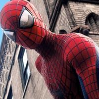 Perubahan atau evolusi kostum Spiderman dari awal hingga sekarang. Sumber: flickeringmyth.com.