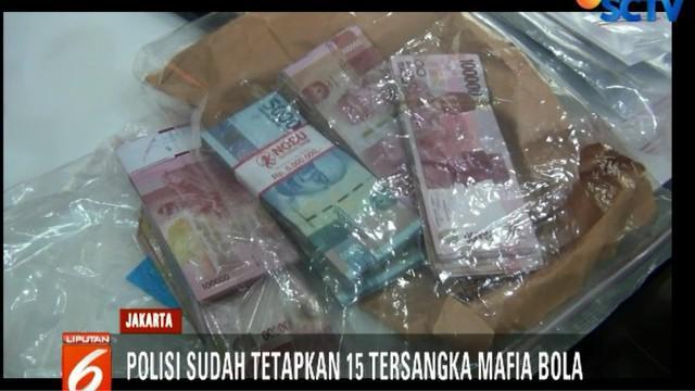 Kasus mafia sepak bola juga mendapat perhatian serius dari Presiden Joko Widodo. Jokowi meminta polisi mengungkap kasus mafia sepakbola sampai tuntas.