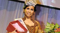 Citizen6, Ceko: Meskipun penyandang tuna rungu, Dian Inggrawati (27) berhasil menjadi 2nd Runner Up Miss Deaf 2011, mengalahkan kontestan lainnnya di Praha,Ceko. (Pengirim: Ilyas)