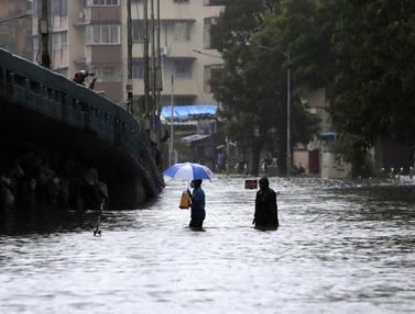 Hujan Lebat, Mumbai Dikepung Banjir