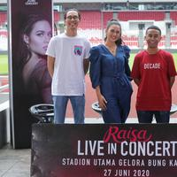 Berani bermimpi, Raisa tak menyangka akhirnya akan gelar konser di Stadion Gelora Bung Karno. (Adrian Putra/Fimela.com)