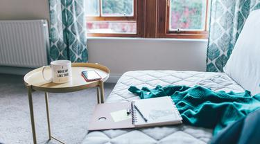 Ilustrasi sofa bed. (dok. foto Toa Heftiba/Unsplash)