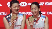 Ganda putri Jepang, Misaki Matsutomo/Ayaka Takahashi, menyebut ketangguhan fisik dan stamina jadi kunci kesuksesan di Indonesia Masters 2019.(AFP/Adek Berry)