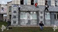 Penembakan di universitas Rusia, mahasiswa lompat dari jendela. Dok: Twitter Murad Gazdiev @MuradGazdiev