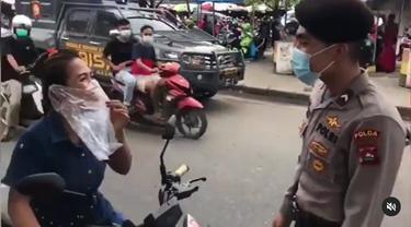 Panik Kena Razia, Aksi Wanita Ini Viral Usai Terciduk Pakai Masker dari Kantong Plastik