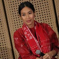 Happy Salma berharap korban gempa Palu dapat bantuan pemerintah. (Deki Prayoga/Fimela.com)