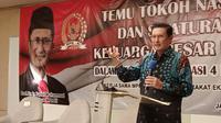 Wakil Ketua MPR Fadel Muhammad saat acara 'emu Tokoh Nasional Dan Silaturahim Keluarga Besar Lamahu dalam rangka Sosialisasi Empat Pilar MPR RI kerjasama MPR dengan Masyarakat Ekonomi Indonesia di Ballroom Hotel Harris, Tebet, Jakarta, Rabu (25/11/2020).