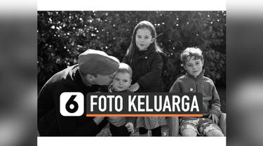 vertical foto keluarga