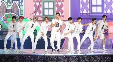 EXO Dianggap Tak Pantas Tampil Perdana di Dome Korea
