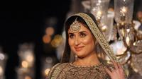 Kareena Kapoor tetap modis meski hamil besar. (AFP/Bintang.com)