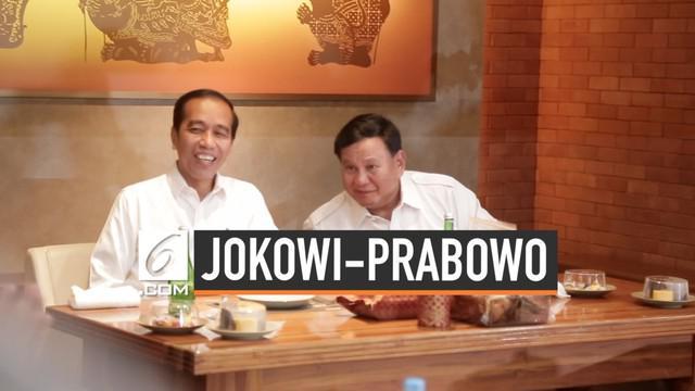 Prabowo Subianto mengatakan dirinya siap membantu Joko Widodo mengatasi masalah Indonesia jika diperlukan.