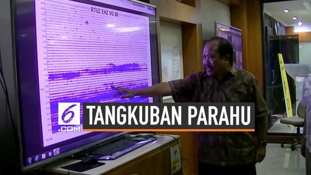 Pusat Vulkanologi dan Mitigasi Bencana Geologi (PVMBG) menaikan status gunung Tangkuban Parahu menjadi Waspada (level 2) sejak Jumat (2/8) Pagi.