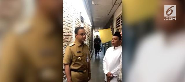 Gubernur DKI Jakarta Anies Baswedan mengecam tindakan sejumlah oknum suporter Persib Bandung yang mengeroyok suporter Persija bernama Haringga Sirila