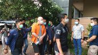 Polda Metro Jaya tangkap buronan Federal Bureau of Investigation (FBI), Russ Medlin di kawasan Kebayoran Baru, Jakarta Selatan. (Ady Anugrahadi/Dok: Polda Metro Jaya)