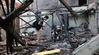 Getaran ledakan di rumah kosong milik warga Kebumen, Jawa Tengah, terasa hingga radius 500 meter dan 23 rumah terdampak. (Liputan6.com/Muhamad Ridlo)