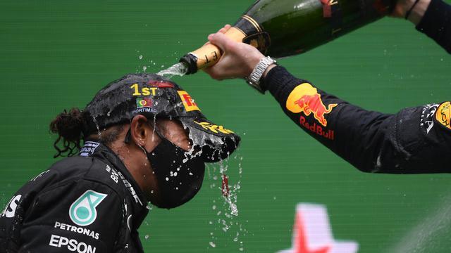 Terdepan di GP Portugal, Lewis Hamilton Lampaui Rekor Michael Schumacher
