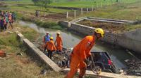 Kecelakaan arus mudik lebaran 2019 di ruas Tol Pemalang sebabkan dua orang meninggal dunia. (Foto: Liputan6.com/Polres Pemalang/Muhamad Ridlo)