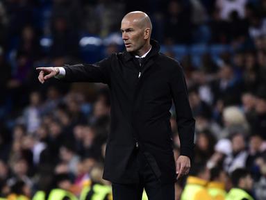 1. Misi Besar Zinedine Zidane - Zidane tidak akan berbicara banyak hingga La Liga musim 2018/19 berakhir. Kegagalan demi kegagalan dari pelatih sebelumnya membuat Real Madrid harus realistis. (AFP/Oli Scarff)