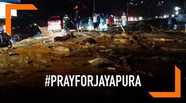 Banjir bandang yang melanda Sentani, Jayapura menyebabkan kerusakan dan puluhan korban tewas. Warganet berkabung di Twitter dan membuat tagar #PrayForJayapura trending.