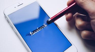 Facebook Hapus Akun Resmi Kota di Prancis karena Namanya Dianggap Kasar