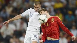Benzema baru saja dinobatkan oleh asosiasi pesepak bola Prancis sebagai pemain Prancis terbaik yang tampil di liga mancanegara. (AFP/Filippo Monteforte)
