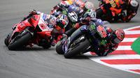 Fabio Quartararo saat memimpin balapan MotoGP Catalunya. (LLUIS GENE / AFP)