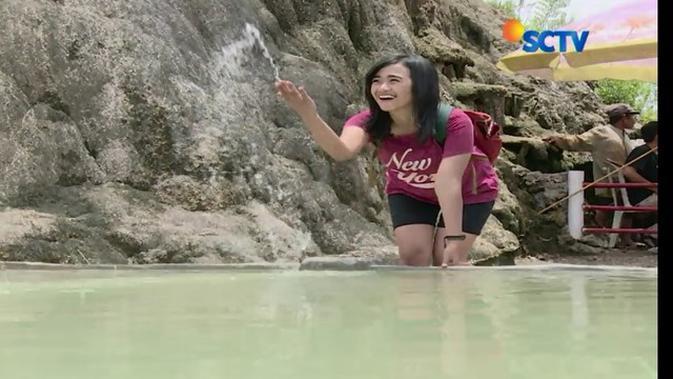 Gunung Peyek Ciseeng Tawarkan Kolam Air Yang Sembuhkan Penyakit News Liputan6 Com