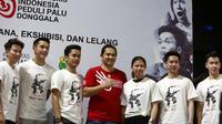 Haryanto Arbi (tengah) bersama pebulu tangkis Indonesia dalam acara penggalangan dana untuk gempa Palu dan Donggala (istimewa)