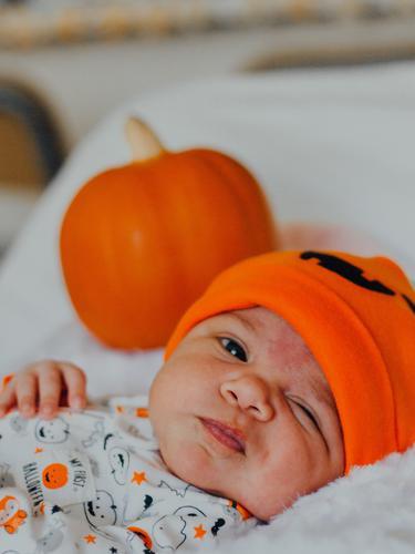 6 Tanda Bayi Sedang Tumbuh Gigi Teething Parenting Fimela Com