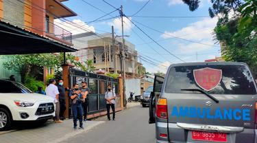 Diduga Sakit, Ambulans dan Oksigen Disiagakan di Rumah Anak Akidi Tio
