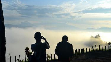 Panorama pagi Bukit Pentelu di Geopark Karangsambung-Karangbolong, Kebumen. (Foto: Liputan6.com/Muhamad Ridlo)