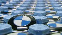 Mengapa BMW menggunakan dasar logo berbentuk bulat? Mengapa pula warna yang dipilih adalah biru dan putih?