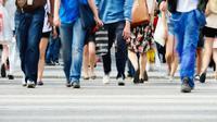 Jalan kaki termasuk aktivitas yang sepele dan telah menjadi rutinitas setiap hari. Namun, ada fakta yang mencengangkan dibalik rutinitas ini