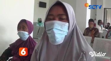 Bekerja sama dengan Yayasan Pundi Amal Peduli Kasih SCTV-Indosiar dan RSD Ketapang, Sampang, Jawa Timur, menggelar operasi sosial katarak yang dihadiri ratusan pasien dari Kecamatan Sampang, Jawa Timur.
